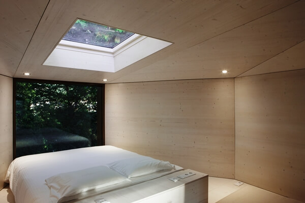 Interior Tree House600x400